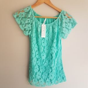FUEGO Too NWT Shirt
